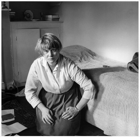 Iris Murdoch by Ida Kar, 1957 ©  National Portrait Gallery, London