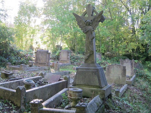 Arnos Vale Cemetery cr Judy Darley