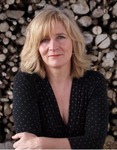 Amanda Hodgkinson portrait
