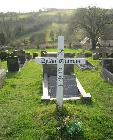 Dylan Thomas grave cr Judy Darley