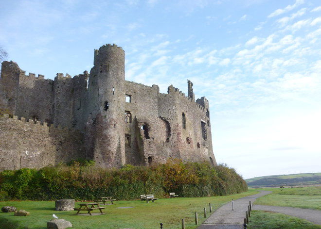 Laugharne Castle cr Judy Darley