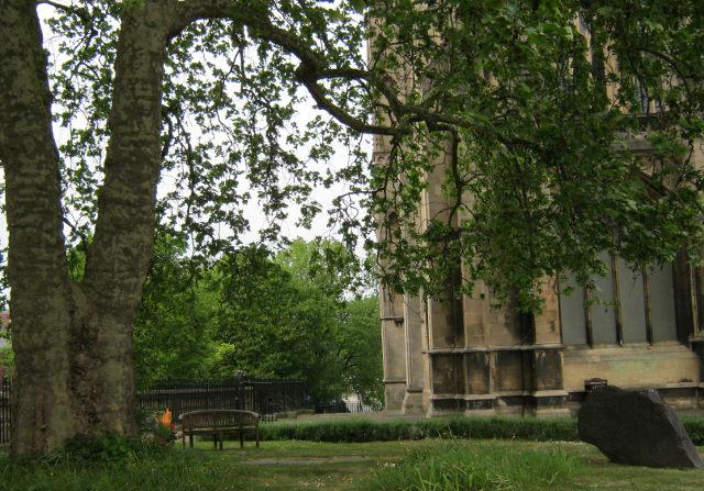 St Mary Redcliffe churchyard cr Judy Darley