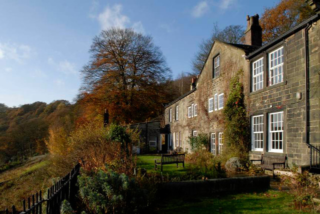 Lumb Bank cr Arvon