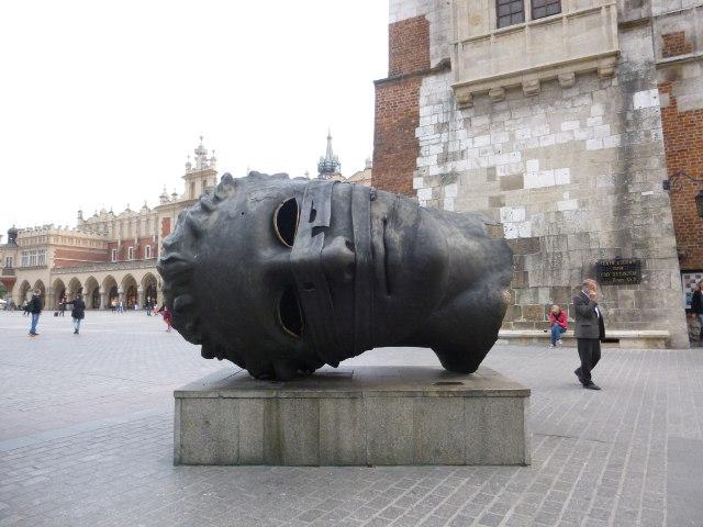 Krakow-Igor Mitoraj-thebighead2 cr Judy Darley