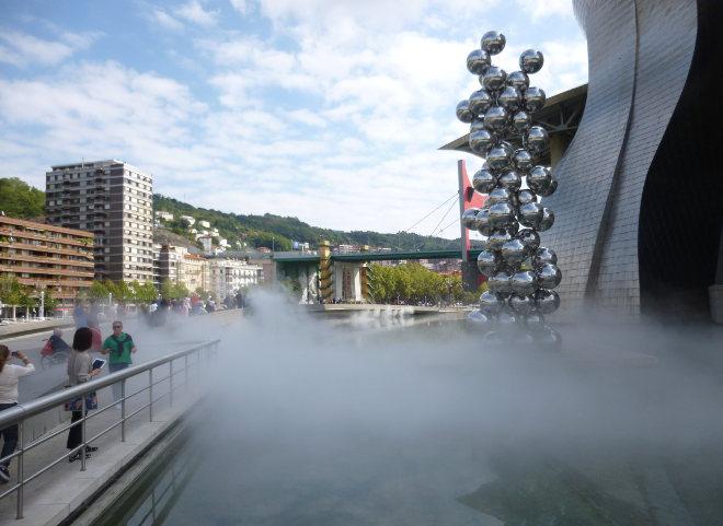 Fujiko Nakaya fog installation at Guggenheim Bilbao_cr Judy Darley