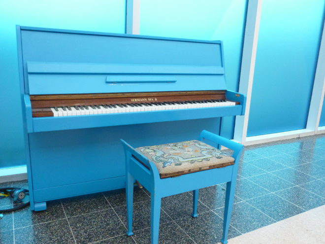 Blue piano cr Judy Darley