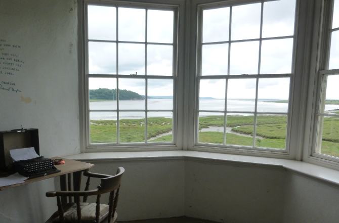 Dylan Thomas summerhouse at Laugharne Castle