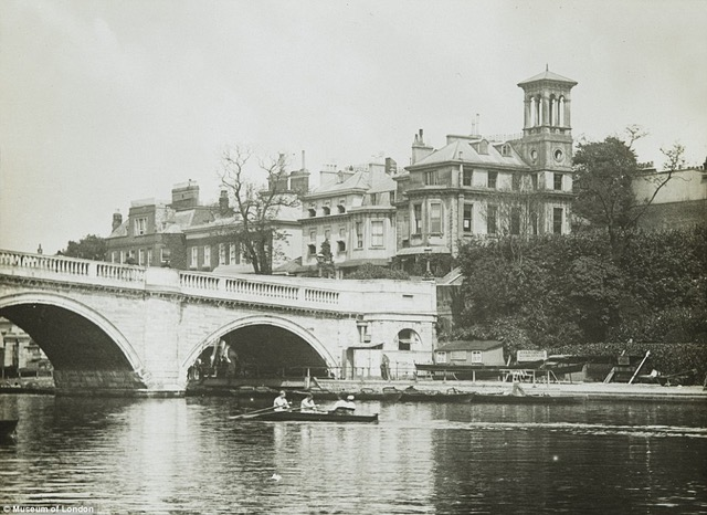 Richmond bridge postcard